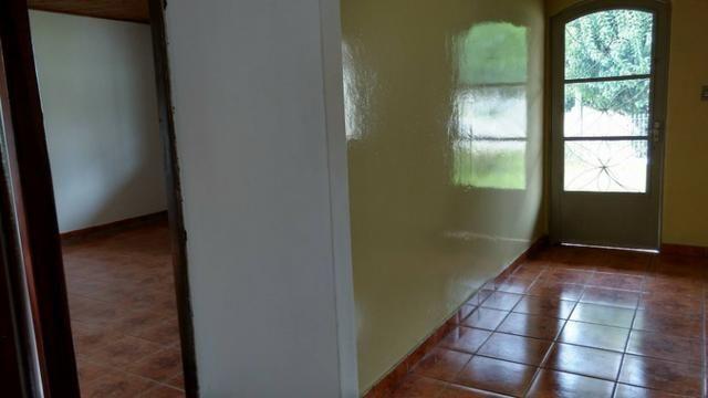 Vendo casa em excelente localização! - Foto 3