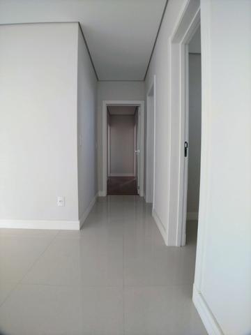 Apartamento no Centro em Itajaí. 3 Suítes, 147M², 2 Vagas de Garagem - Foto 7