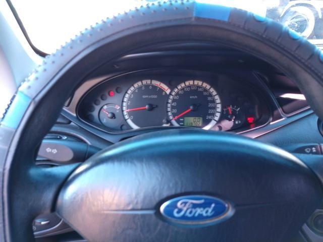 Focus sedan 2008 - Foto 5
