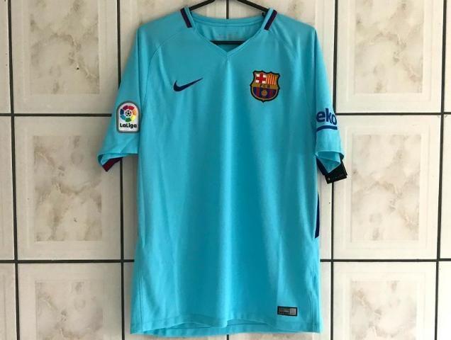 f36d314b46e33 Camisa Barcelona Away 17 18 s n° Torcedor Nike Masculina - Azul Claro