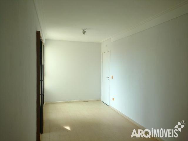 8045 | Apartamento à venda com 3 quartos em ZONA 03, MARINGÁ - Foto 9