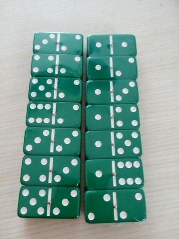 Dominó Pedras Coloridas 28 Peças - Cor Verde - Foto 3