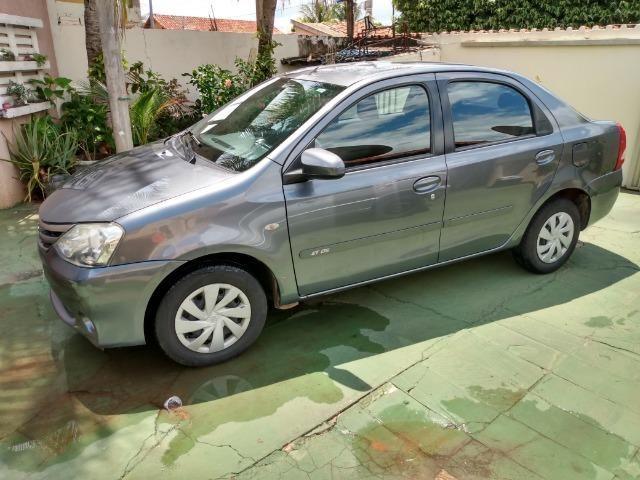 Étios Sedan 1.5 XLS 2014 - Foto 3