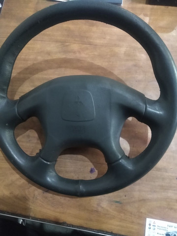 Volante de direção com bolsa airbag da L200 Outdoor / Bola