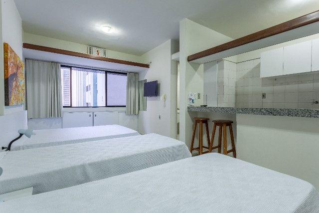 Flat 305 tipo studio, hospeda 03 pessoas, sendo uma cama de casal mais 01 cama de solteiro - Foto 5