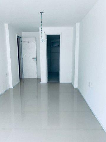 Apartamento três quartos, alto padrão, lazer completo, Porto das Dunas! - Foto 16