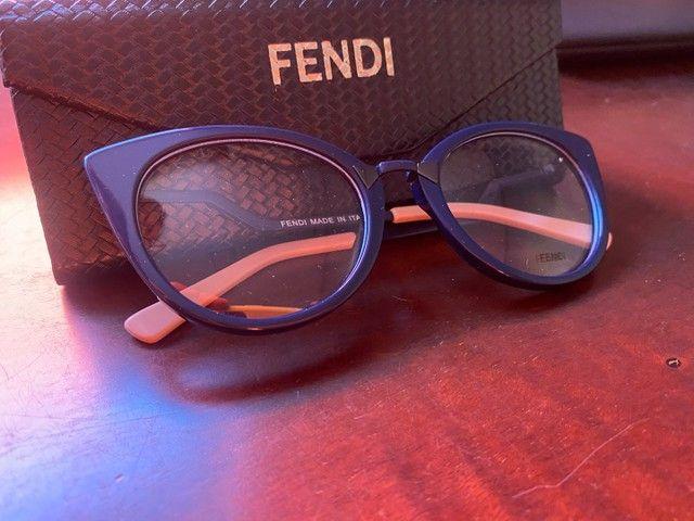 Armação óculos Fendi azul com rosa  - Foto 2
