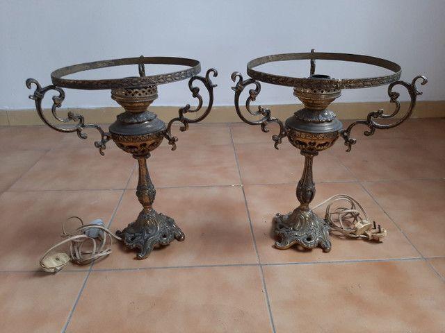 Lustre / base abajur em bronze antigo usado - Foto 3