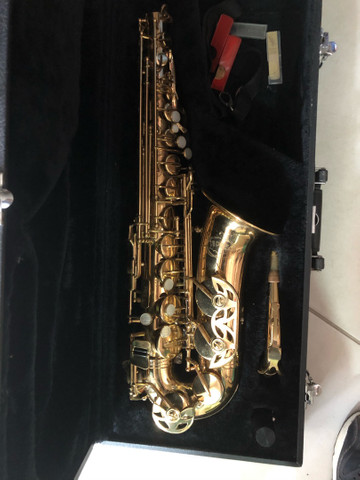 Sax alto Júpiter 567