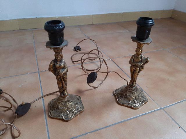 Lustre / base abajur em bronze antigo usado - Foto 4