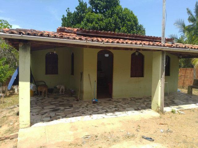Bela casa na Estrada do Coco, atrás do Outlet Premium