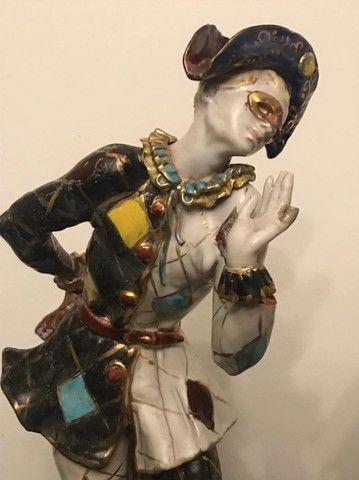 Estatuetas em porcelana Pierrot e Colombina Italiana - Foto 2