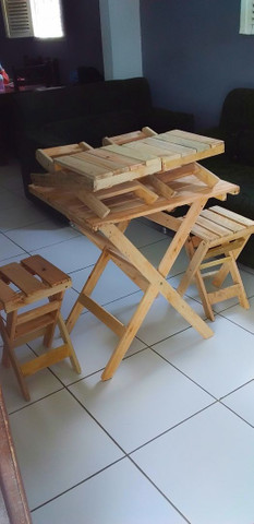 Mesa de pallet com banquinho dobrável  - Foto 3