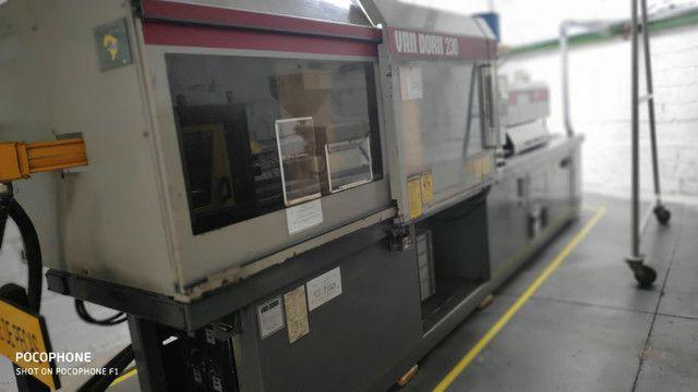 Injetora de Plásticos Van Dorn 230 HT troco por caminhonete