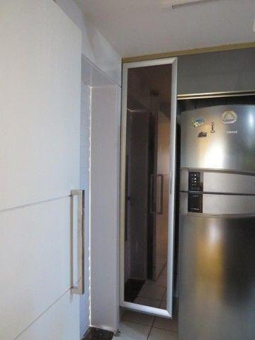 Apartamento três suítes, projetado, andar privilegiado! - Foto 6