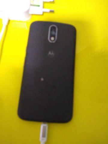 Vendo smartphone Motorola motog4 com nota fiscal - Foto 2