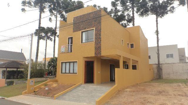 Sobrado tríplex maravilhoso no Umbará – Condomínio fechado – Alto padrão acabamento
