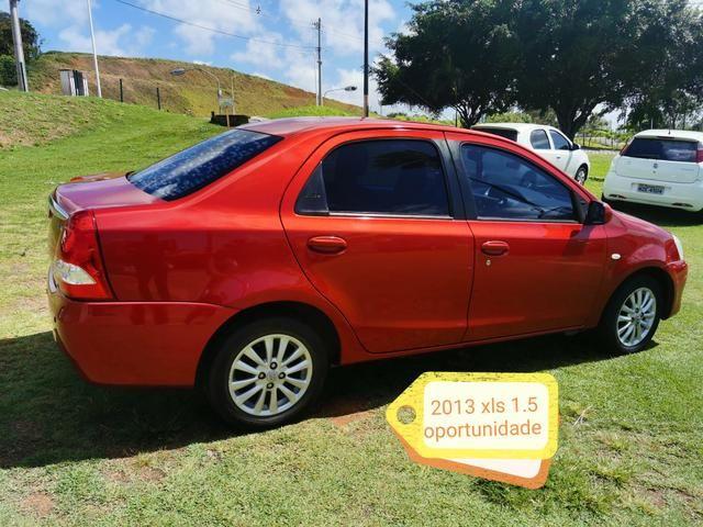 Toyota etios sedam 2013 xls 1.5 27.900,00 - Foto 3