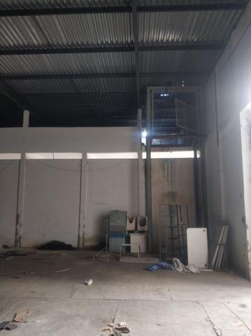 Área de 3100 m² com escritório e galpão - Foto 6
