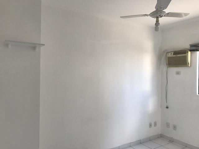 Apartaento 02 quartos, sala, varanda e 02 vagas de garagem. Nascente. Ed. Sunset Residece - Foto 10