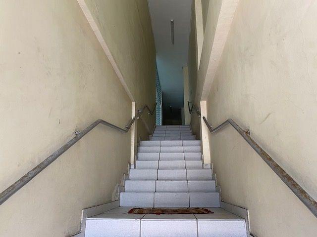 Imóvel comercial em Olinda composto dois amplos salões e 6 salas em avenida principal - Foto 5