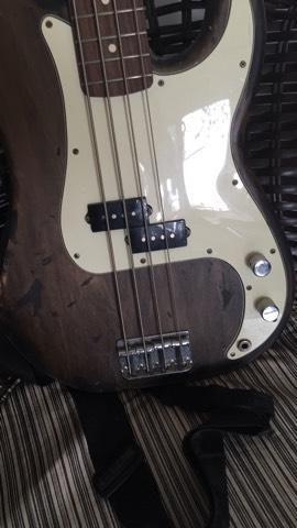 Baixo Fender Mexicano