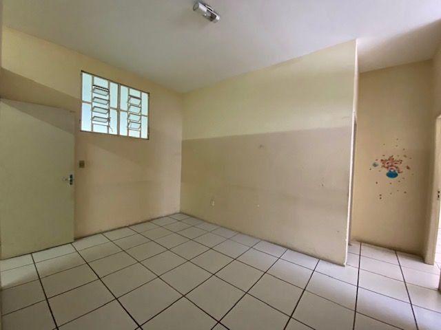 Imóvel comercial em Olinda composto dois amplos salões e 6 salas em avenida principal - Foto 11