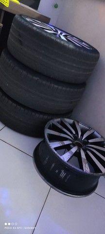 Aro 17 com 3 pneus filé perfil alto