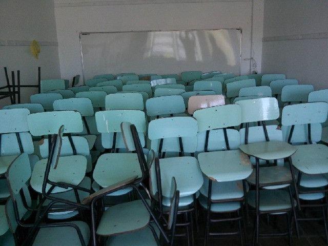 Cadeiras e Mesas Escolares Usadas em Alvorada RS - Foto 2