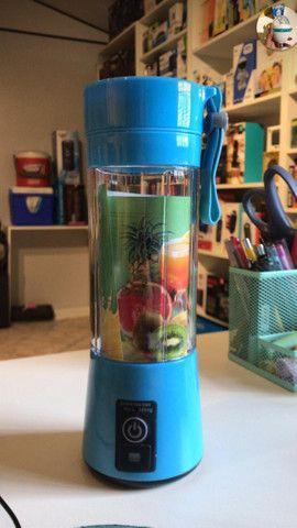 Mini Liquidificador Portátil Shake Juice Cup + Cabo Usb - Foto 4