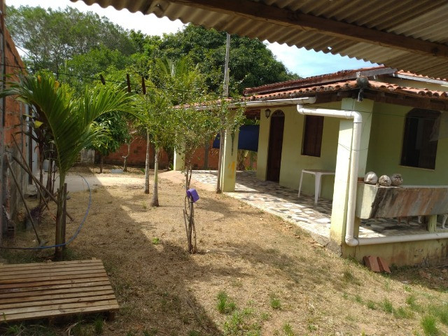 Bela casa na Estrada do Coco, atrás do Outlet Premium - Foto 2