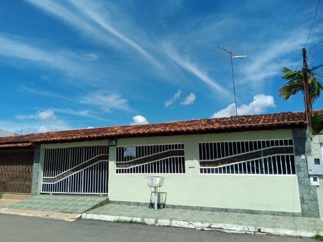 Valparaíso-Go.Casa de 3qts,Suíte,2 Salas e Piscina.Ac.Financiamento e FGTS!