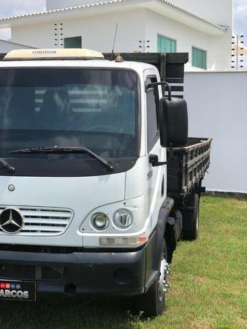 Mercedes Bens 715 carroceria - Foto 2