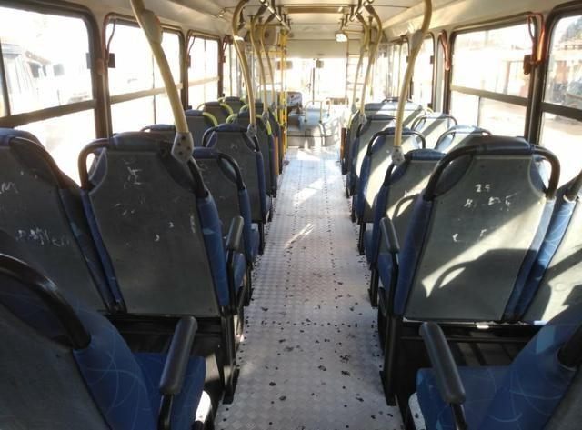 Ônibus Urbano, Micrão Mercedes OF1418, ano 2008 - Foto 8