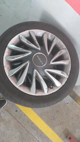 Vendo aros 17 pneus 205_50_R17. não respondo chat ! - Foto 3