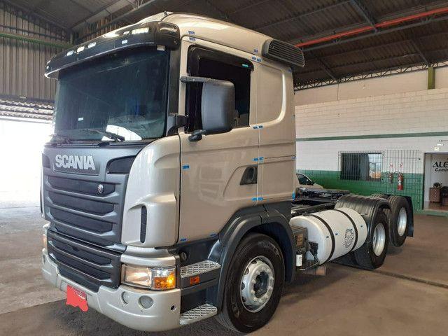 Scania G380 6x2 2010 com ar condicionado
