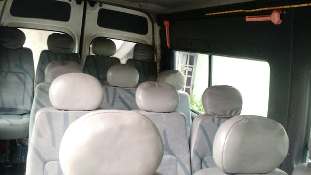 Renault master 2.5 minibus 16 lugares teto alto R$28.000 pra troca R$32.000