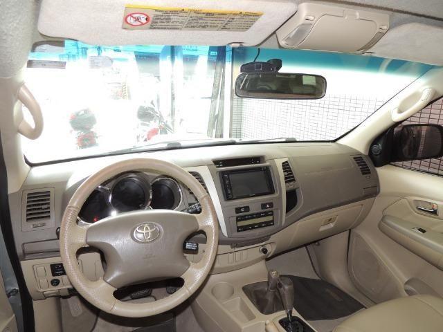 Toyota Hilux SW4 SRV 3.0 4x4 Diesel 5 Lugares - Foto 4