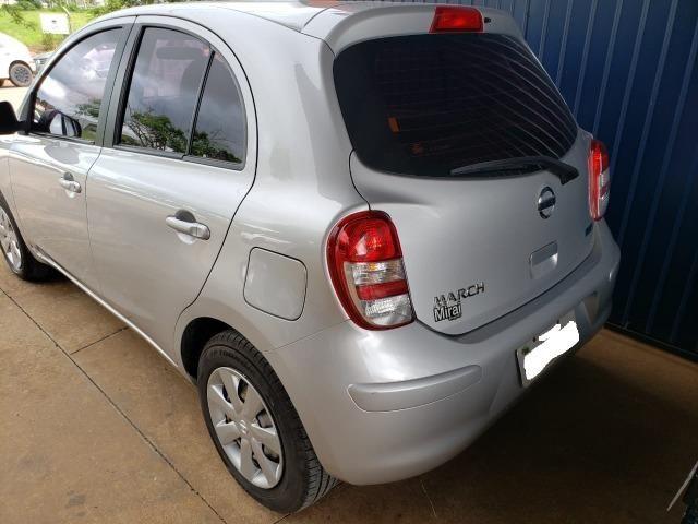 Nissan March 1.6 baixa kilometragem - Foto 3