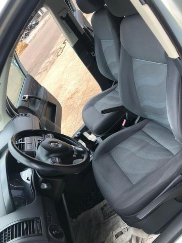 Volkswagen - Polo Sedan 1.6 - 2012 - Foto 8