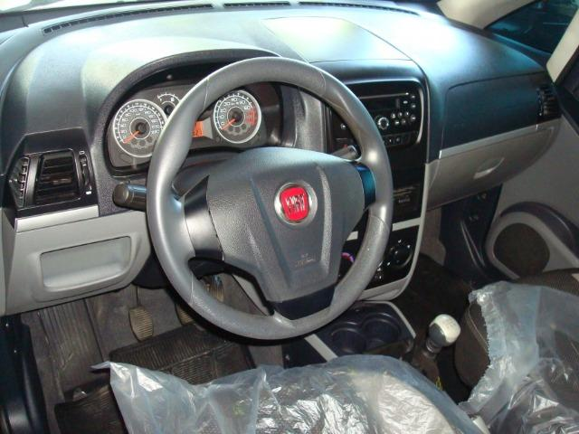 Fiat Idea essence 1.6 2013 - Foto 3