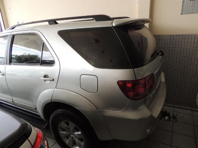 Toyota Hilux SW4 SRV 3.0 4x4 Diesel 5 Lugares - Foto 11