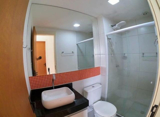 WC - >> Apartamento 2 Quartos Cond. Vista de Manguinhos - R$ 125.000,00 - Foto 6