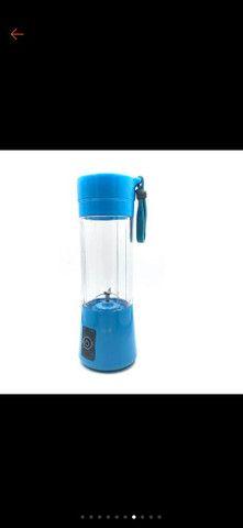 Mini Liquidificador Portátil Shake Take Juice Cup 4 Lâminas Recarregável - Foto 2