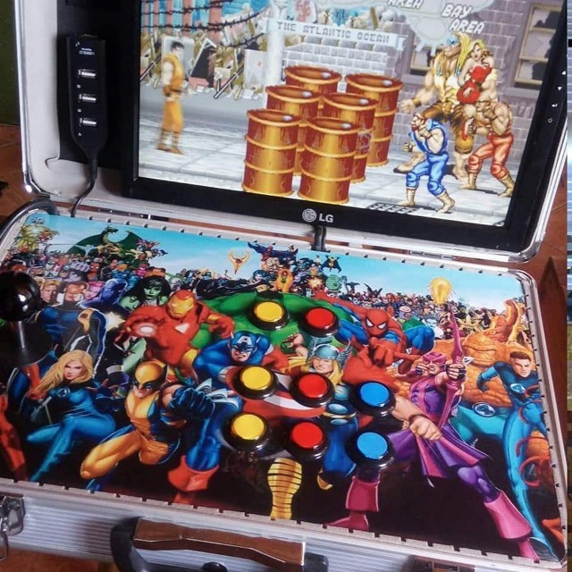 Maleta  Arcade em Alumínio. 11mil jogos 15 polgadas - Foto 3