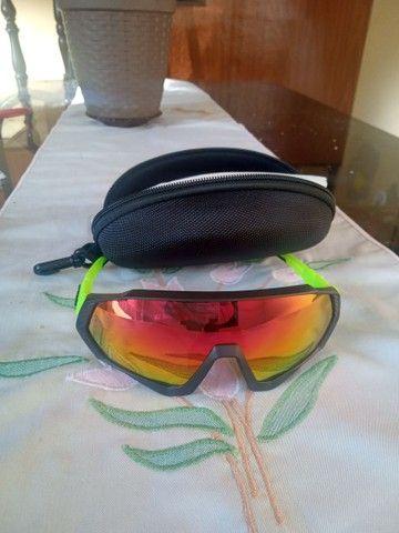 Óculos Abus e óculos ApvoK com 5 lentes R$140,00 cada