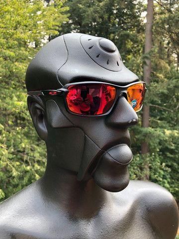 Óculos Oakley Carbon Shift Scuderia Ferrari Preto/Vermelho Polarizado - Novo
