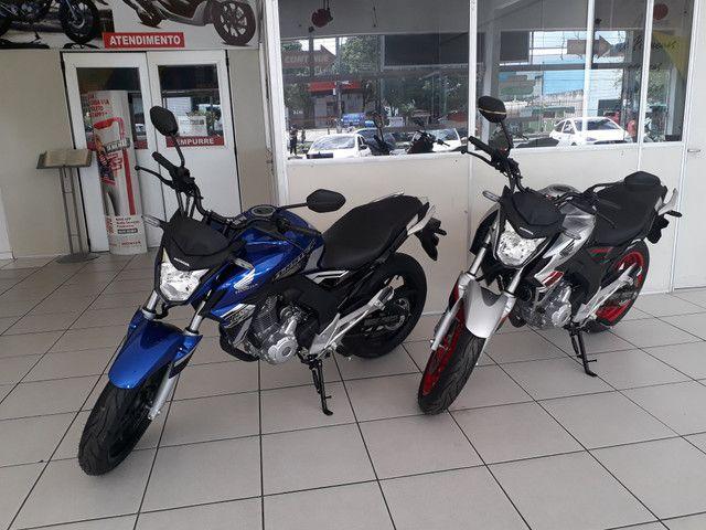 Moto Honda Cb Twister 250 Entrada: 2.000 Financiada!!! - Foto 2