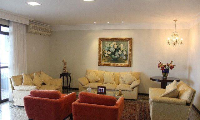 Apto para locação no Edifício Fontana de Trevi, 4 Quartos, Sol da Manhã, Quilombo 275m² - Foto 8