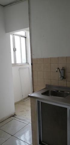 Apartamento no bairro Irajá, 2 quartos - Foto 6
